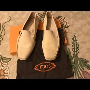 Tod's soft nubuck driving shoe